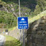 Wjazd do tunelu Lærdalstunnelen
