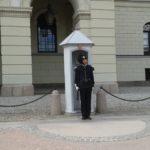 Straż przed Pałacem Królewskim w Oslo