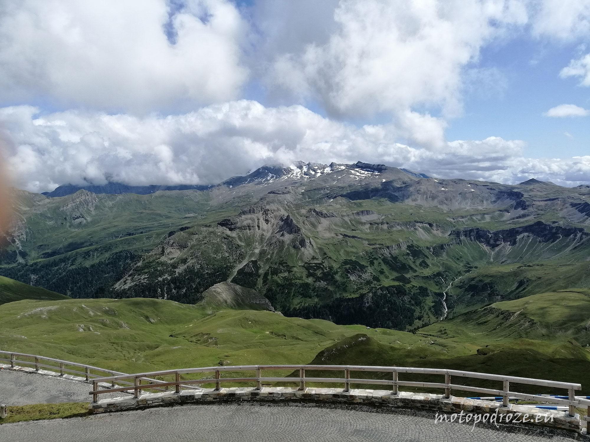 Widok z Edelweiss Spitze