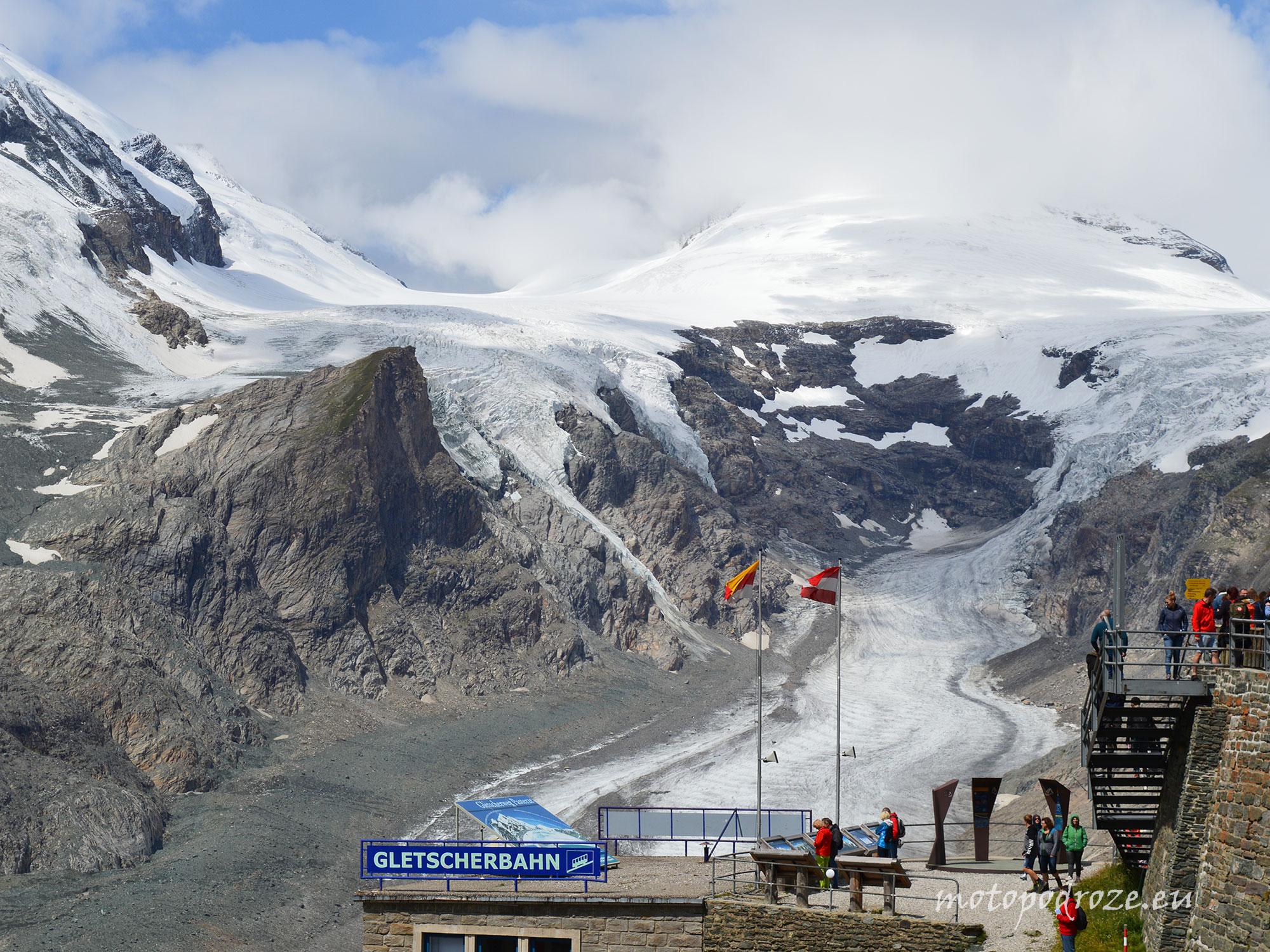 Szczyt Grossglocknera i lodowiec Pasterz