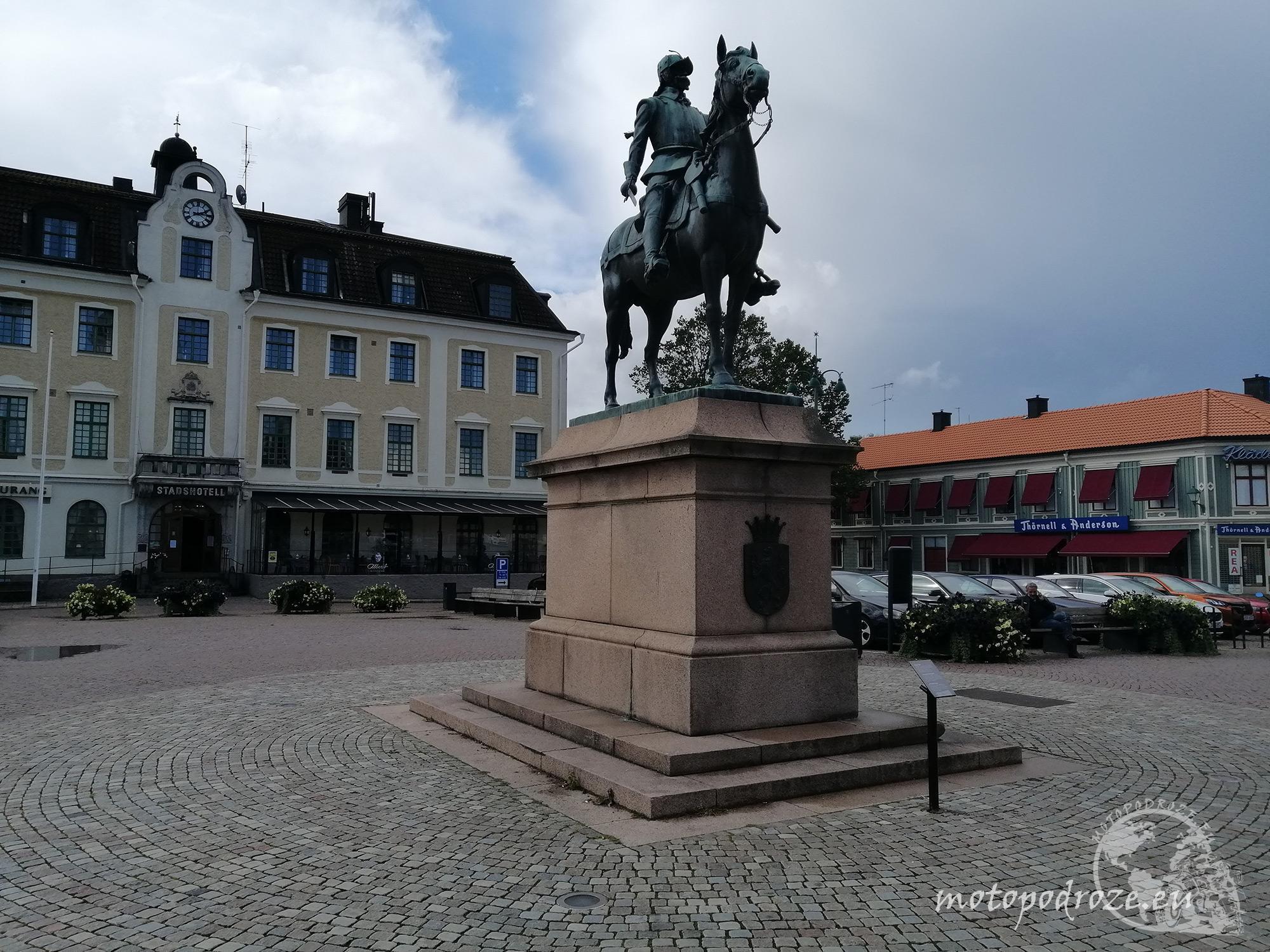 Pomnik jeźdźca na koniu Eksjö